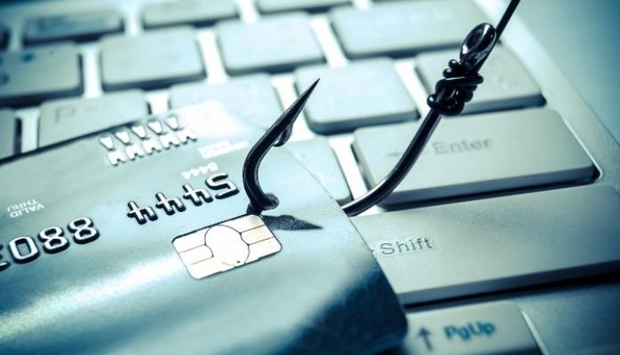 Tatil Planı Yaparken Siber Korsanların Ağına Düşmeyin !