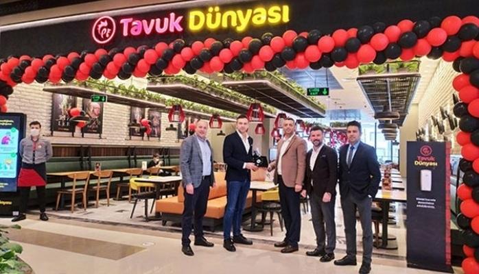Üsküdar'a İkinci Lezzet Noktası Nevçarşı AVM'de Açıldı