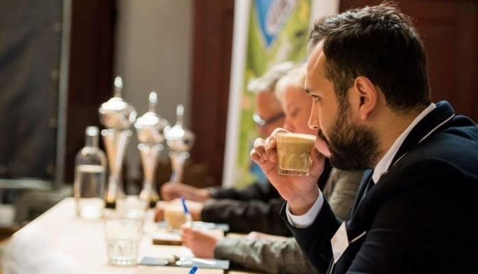 Türk Duayen Kahve Uzmanı Yunus Çakmak Avrupa'nın En İyilerini Belirledi