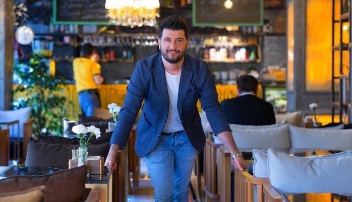 Ünlü Mimar Sosyal Medyadan 3 Milyon Euro'luk İş Aldı