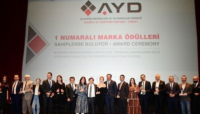 1 Numaralı Markalar Ödüllerine Kavuştu