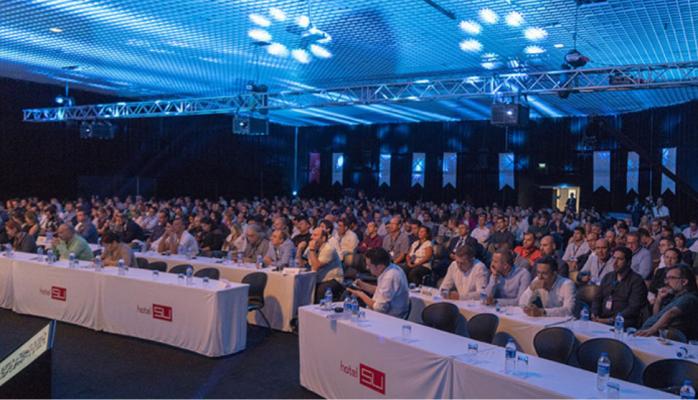 Antalya Dijital Zirvesi'nde Turizmin Geleceği Konuşuldu