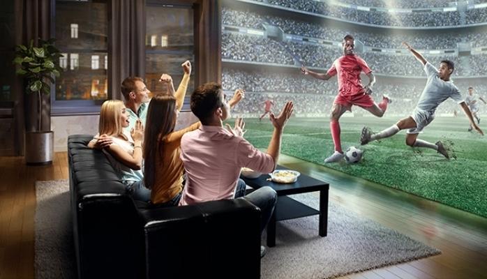 Dünya Kupası ve Film Büyük Ekranda İzleniyor