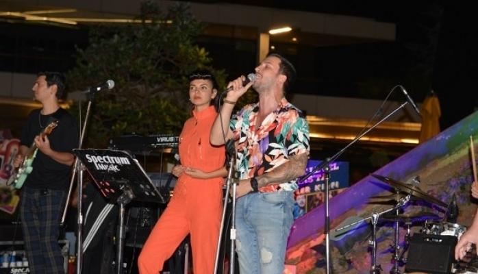 Watch Out Band İle Terasta Müzik Keyfi Ankara'lıları Büyüledi