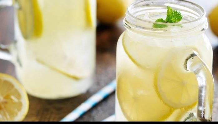 Yaz Aylarında Sıvı Kaybını Önleyecek 7 Sağlıklı İçecek