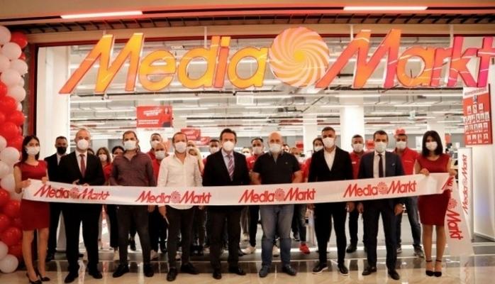 Mersin'deki İkinci Mağazasını Sayapark AVM'de Açtı