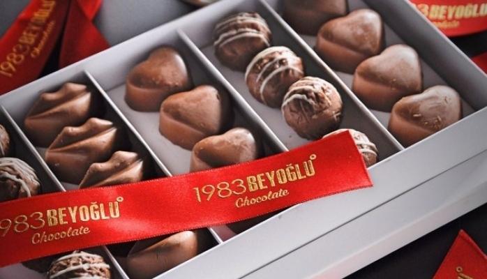 Bayram Çikolatalarınız 1983Beyoğlu'ndan !