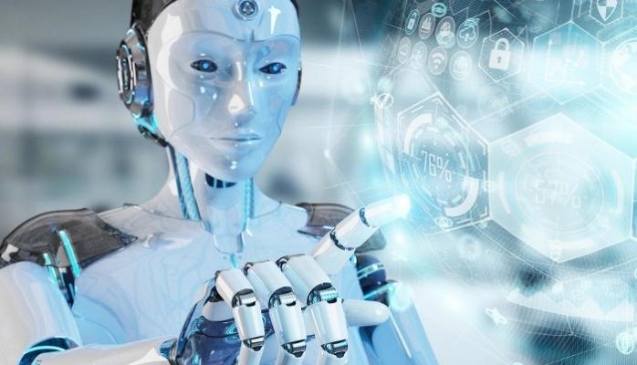 Yeni Mesai Arkadaşlarımız Robot ve Hologram