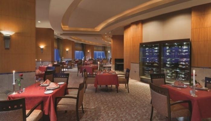 Carême Restaurant İzmir'in Zirvesinde