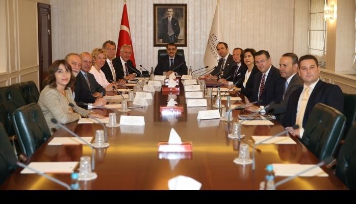 TÜSİAD Yönetim Kurulu Ankara'da Temaslarda Bulundu