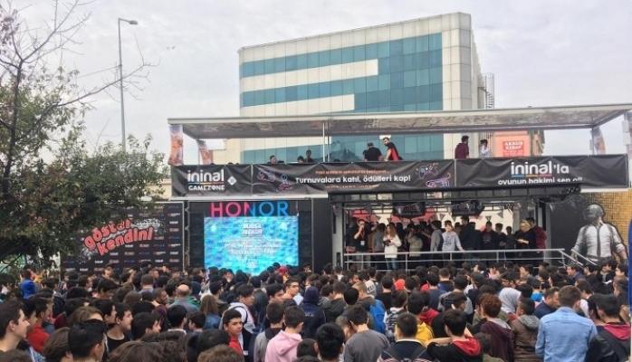 9 Kasım'da İstanbul Maltepe Park AVM'de