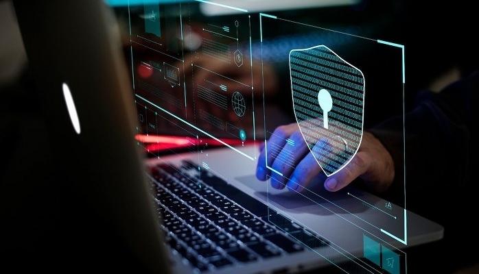 İlk Makine Öğrenimi Destekli Güvenlik Duvarları İle Siber Saldırıların Önünü Kesin