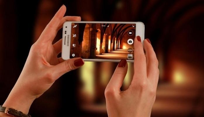 Samsung'dan S10'a Özel Android Sürümü