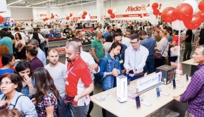 MediaMarkt, Sektördeki Toplam Satış Alanı Liderliğinde Farkı Açıyor