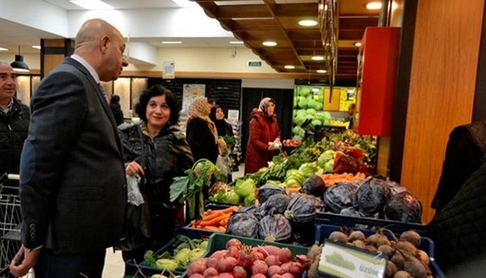Kazan'da Müşterilerine Kapılarını Açtı