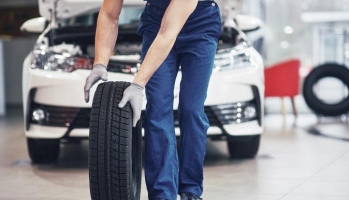 Trafikteki Araç Sayısı Artıyor Lastikçiler Talepleri Karşılamakta Zorlanıyor