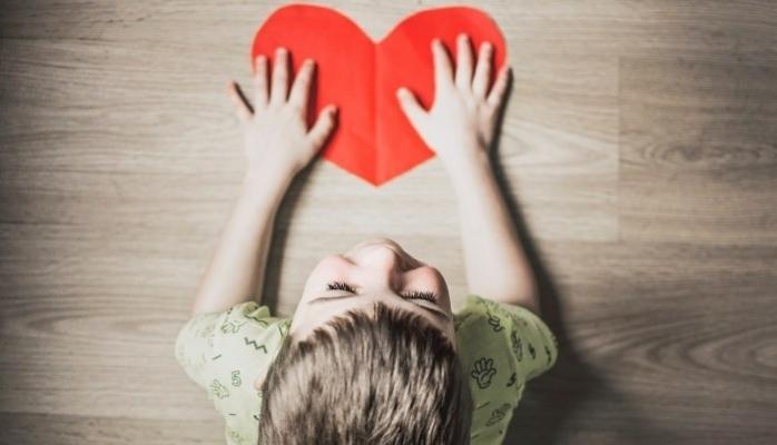 Zor Günlerde Çocuğunuzun Kalbine Dokunun