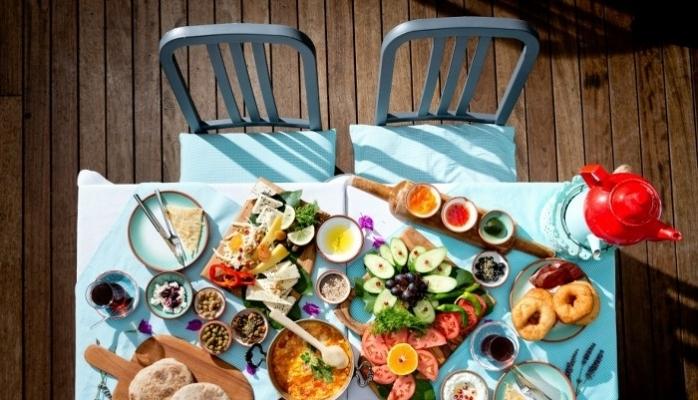 Çeşme Bazlama Kahvaltı Bu Yıl Babaların Favorisi Olacak