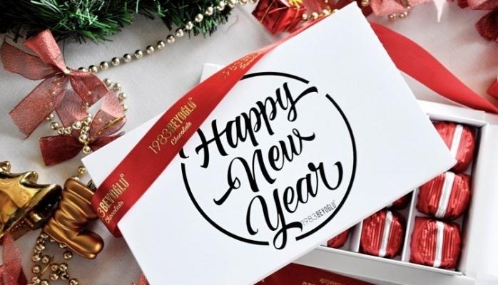 """El yapımı """"Yeni Yıl"""" Çikolataları 1983Beyoğlu'nda !"""