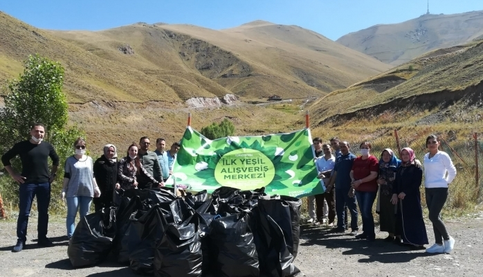 Türkiye'nin İlk Yeşil Alışveriş Merkezinden Dünya Temizlik Günü Atağı